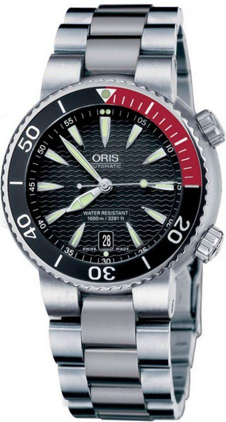 Oris Divers Titan Date 01 733 7541 7154-07 8 24 70PEB